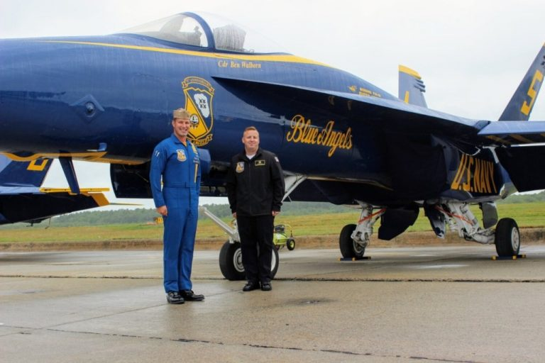 Photos: Blue Angels prepare for takeoff at Brunswick weekend airshow – Portland Press Herald